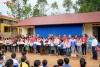 Trao 4 tấn quần áo tặng học sinh vùng cao tại huyện Mai Sơn (Sơn La)