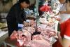 Giá lợn hơi giảm dần