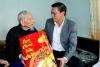 Chủ tịch UBND Nguyễn Văn Tùng, thăm, tặng quà chúc tết gia đình chính sách ở huyện An Dương