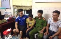 Phòng Cảnh sát PCCC số 9 giúp trẻ lạc về với gia đình