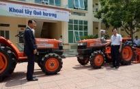 Huyện Tiên Lãng: Tiếp nhận 2 máy sản xuất nông nghiệp trị giá 1 tỷ đồng