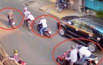 Chặn tay kẻ cướp đường