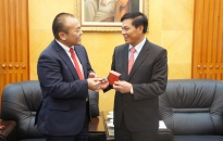 Chủ tịch UBND thành phố Nguyễn Văn Tùng tiếp và làm việc với lãnh đạo tập đoàn Rorze Nhật Bản.