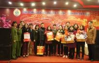 Công đoàn cơ sở CAQ Lê Chân: Tặng quà đoàn viên Công đoàn dịp Tết nguyên đán 2018