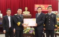 Ủy viên Ban thường vụ Thành ủy Đặng Bá Cường chúc tết các đơn vị, gia đình chính sách tiêu biểu