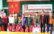 Agribank chi nhánh bắc Hải Phòng tặng quà 100 hộ chính sách đầu Xuân