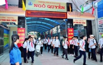 """Ra quân thực hiện chủ đề """"An toàn giao thông cho trẻ em"""": Để mỗi ngày đến trường là một ngày vui"""