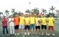 Giao hữu bóng đá chào mừng 63 năm giải phóng Hải Phòng