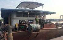 Bắt 2 tàu cát tặc tại khu vực giáp ranh với Hải Dương