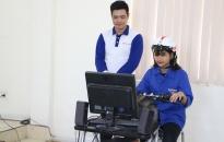 300 đoàn viên thanh niên quận Hồng Bàng được hướng dẫn kỹ năng lái xe