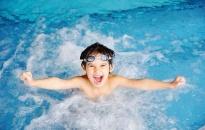 Phòng tránh đỏ mắt sau khi đi bơi