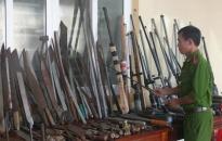 Diễn đàn An ninh: Triển khai thi hành Luật quản lý, sử dụng vũ khí, vật liệu nổ và  công cụ hỗ trợ - Cần các giải pháp chặt chẽ và phù hợp