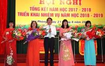 Hội nghị triển khai nhiệm vụ năm học 2018-2019: Phong danh hiệu 4 Nhà giáo ưu tú,  4 đơn vị được tặng cờ thi đua của Chính phủ