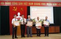 Quận ủy Đồ Sơn: Trao huy hiệu Đảng 8 đồng chí