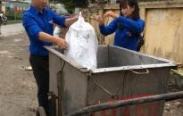 Đoàn TNCS Hồ Chí Minh phường Bàng La (Đồ Sơn): Ra quân vệ sinh môi trường