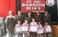 Phòng PV05-CATP: Trao 12 suất quà tình nghĩa tại tỉnh Điện Biên
