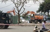 Cưỡng chế thu hồi đất phục vụ GPMB dự án Làng Việt kiều Anh