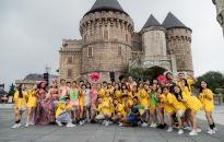 """""""Mục sở thị' nơi tranh tài đẹp như tranh vẽ của Top 16  Flashmob - 'Sóng tuổi trẻ'"""