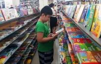 Đồ dùng học sinh giảm giá mạnh nhờ khuyến mại