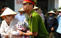 50 năm thực hiện Di chúc Chủ tịch Hồ Chí Minh:  Xứng danh Công an nhân dân thành phố Hoa Phượng Đỏ