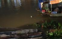 Phát hiện bom dưới sông Tam Bạc