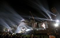 Khán giả vỡ oà với màn biểu diễn Piano bay trong đêm Love Songs Party