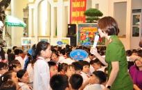 Phòng Cảnh sát môi trường - Trường Tiểu học Nguyễn Tri Phương tổ chức chuyên đề ngoại khóa: Nói không với rác thải nhựa