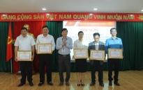 Quận ủy Dương Kinh Tổng kết 10 năm thực hiện Nghị quyết số 28/NQ/TƯ