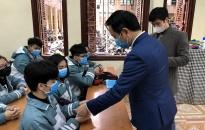 Trường THPT Kiến An: Mua 2.000 khẩu trang, phát miễn phí cho học sinh chống virus Corona