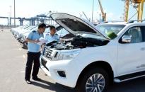 Nhập khẩu ô tô nguyên chiếc giảm mạnh trong tháng 1