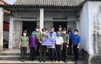 Đoàn thanh niên Khối An ninh nhân dân – CATP: Trao kinh phí hỗ trợ xây dựng Nhà tình nghĩa tại huyện Tiên Lãng