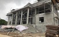 Thông tin ban đầu về vụ tai nạn trên công trường nhà văn hóa huyện An Dương: 2 công nhân bị thương phải nhập viện