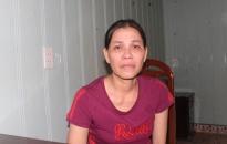 Người đàn bà rũ bỏ con nhỏ, trốn truy nã 14 năm