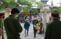 Công an phường Đồng Quốc Bình (quận Ngô Quyền): Tổ chức nhiều hoạt động chăm lo cho người dân bị ảnh hưởng bởi dịch Covid-19