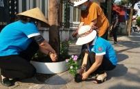 Hội LHPN quận Lê Chân:  Ra mắt công trình Tuyến đường hoa do phụ nữ tự quản