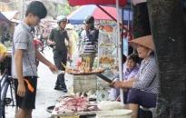 Lại lo thực phẩm mất an toàn mùa nắng nóng