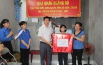 Khánh thành Nhà Khăn quàng đỏ tặng em  Nguyễn Thanh Lam, học sinh Trường THCS Hoàng Diệu
