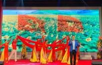 """Đoàn Ca múa Hải Phòng Lưu diễn chương trình nghệ thuật """"Thành phố mặt trời lên"""" tại huyện Vĩnh Bảo"""