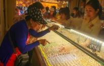 6.424 lượng vàng được giao dịch trong tháng 8
