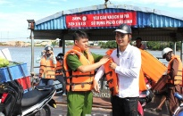 Bảo đảm an toàn giao thông đường thủy trong mùa mưa bão