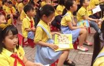 """""""Bước chân của sách"""" lan tỏa trong ngành GD-ĐT quận Hồng Bàng"""