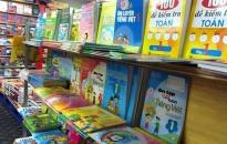 Mua sách cho con đầu năm học - Không bắt buộc mua sách tham khảo