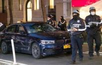 Xe ô tô lao vào người biểu tình ở New York (Mỹ)