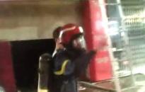 Cứu 3 người từ vụ cháy nhà 4 tầng ở số 260 Văn Cao, quận Ngô Quyền