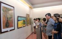 Khai mạc triển lãm tranh của CLB Nữ họa sĩ Hải Phòng