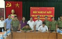 Công an tỉnh Thái Bình:  Ký chương trình phối hợp công tác phòng, chống tội phạm giai đoạn 2017 - 2021