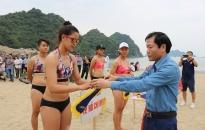 Lễ hội Làng cá Cát Bà: sôi nổi, hấp dẫn giải bóng chuyền bãi biển nữ Hải Phòng mở rộng năm 2019
