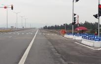 Mở thêm đường giao cắt, lắp đèn tín hiệu giao thông trên tuyến đường Tân Vũ - Lạch Huyện