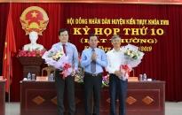 Đồng chí Nguyễn Văn Tuấn được bầu giữ chức Chủ tịch UBND huyện Kiến Thụy