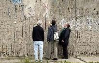 Mảnh tường giá 7.800 Euro